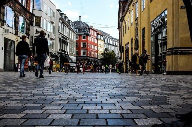 דנמרק לדתיים